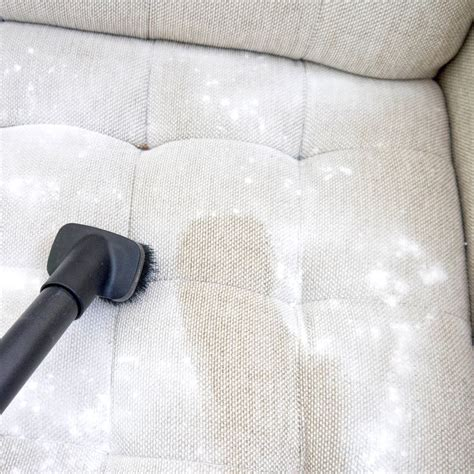 Clean Microfiber Sofa Fabric by 1000 Ideas About Cleaning On Cleaning