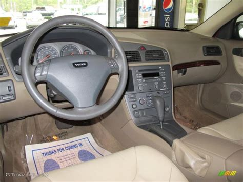 Volvo S60 Interior Colors by Taupe Light Taupe Interior 2001 Volvo S60 2 4t Photo 39161966 Gtcarlot