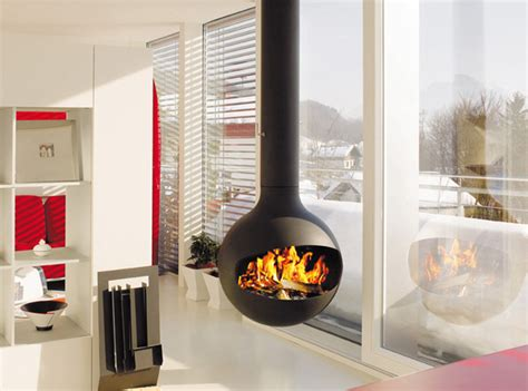 15 hanging and freestanding fireplaces to keep you warm