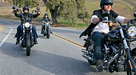 Woodstock Harley Davidson Hours by Harley Davidson 174 Motorcycle Rental Locations In Illinois