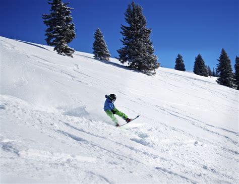 best snowboarding 13 best usa snowboarding destinations snowboard us style