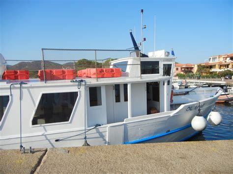 traghetto porto san paolo tavolara l isola di tavolara fra snorkeling e arricata io amo