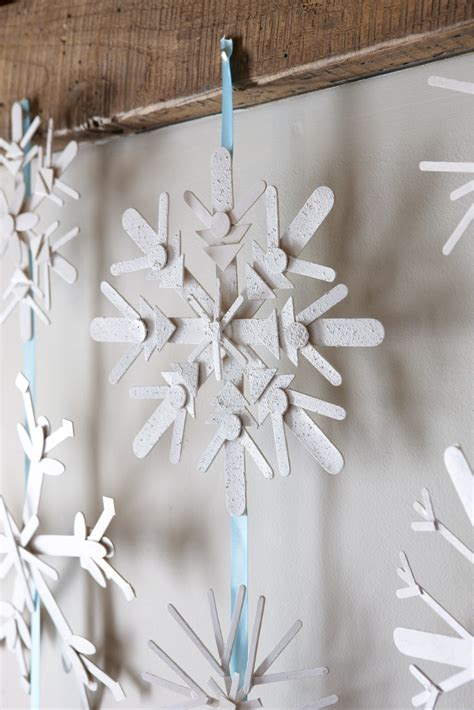 karin lidbeck 16 day count down diy snowflake decor
