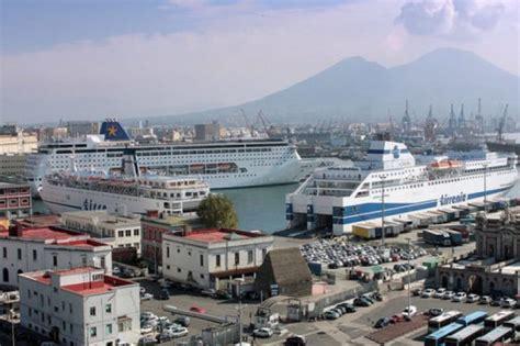 terminal porto napoli porto aperto a napoli visite gratis via mare e concerto