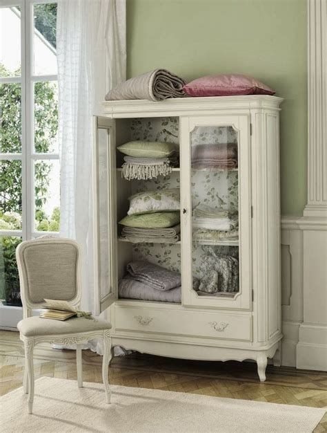 shabby chic hutches 265 best images about shabby chic buffets hutches