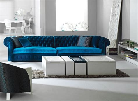 Modern Luxury Sofa Luxury Sofas Round Coffee Table On The Modern Luxury Sofas