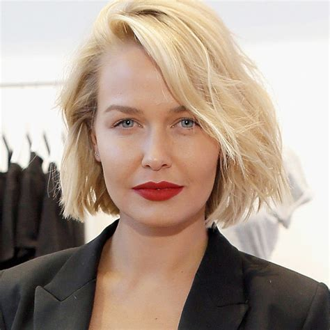 most gorgeous lara worthington debuts gorgeous pixie cut mum s lounge