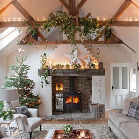 Garland For Fireplace by Fireplace With Lights Garland Pictures To Pin On