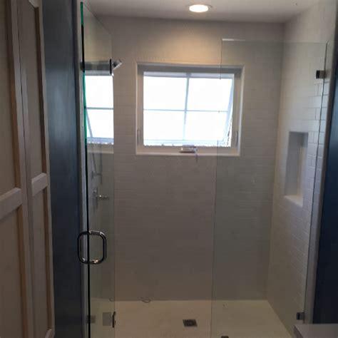 doccia vapore cabina doccia in vetro doccia a vapore con accessorio per
