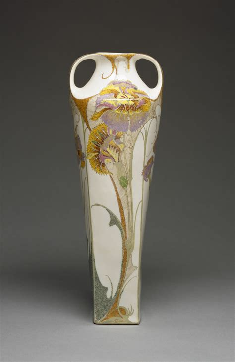 Earthenware Vase by File Rozenburg Pottery And Porcelain Factory Vase Walters 482356 Profile Jpg Wikimedia