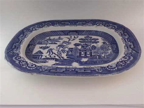 black and white willow pattern english late 19th century blue and white willow pattern