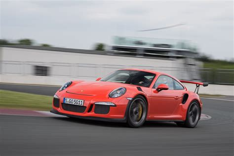 Porsche Gt3 Rs 991 by The Porsche 991 Gt3 Rs Market Is Officially Total 911