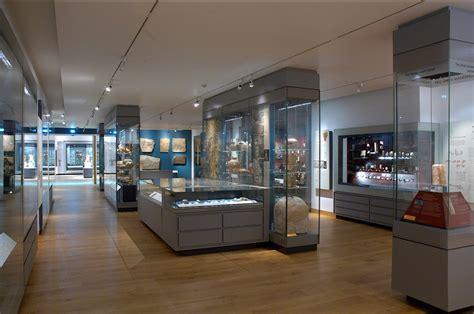 gallery display nimrud materialities of assyrian knowledge production