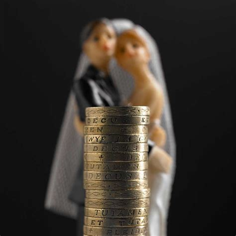 Wedding Gift Etiquette For Couples by Why Couples Should Never Ask For Money As A Wedding Gift