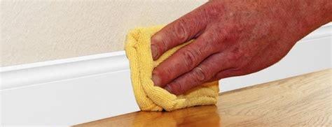 consejos  limpiar los zocalos  rodapies geindepo