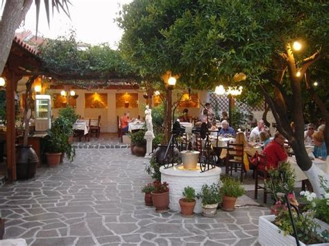 Garden Of Restaurant by Aphrodite Garden Restaurant Picture Of Aphrodite Garden