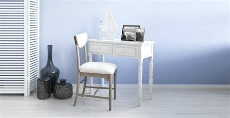 scrivania piccola per pc dalani scrivania piccola comfort e design formato mini