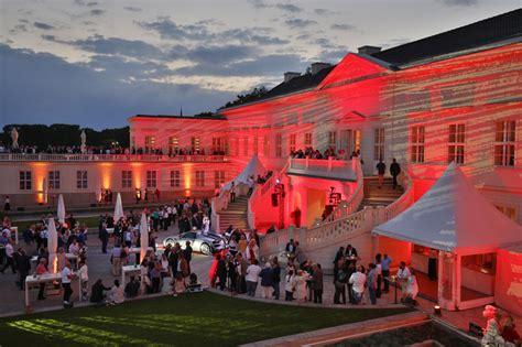 Porsche Zentrum Hannover by Porsche Zentrum Hannover Feierte Sommerfest Im Schloss