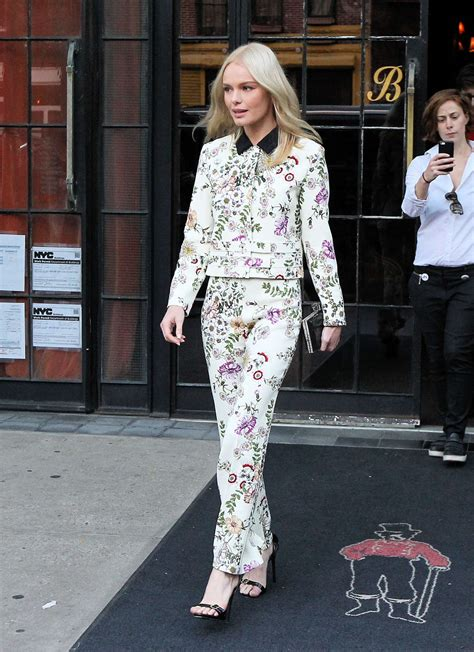 Kate Bosworth Named Spokesmodel For Coach Ss 08 by Kate Bosworth Leaves Hotel 01 Gotceleb