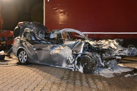 Motorrad Unfall Rauenberg by Sandhausen T 246 Dlicher Verkehrsunfall Auf Der A5 Wiwa