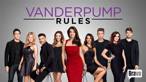 what do casts on vanderpump rules make vanderpump rules kicks off new season with loads of