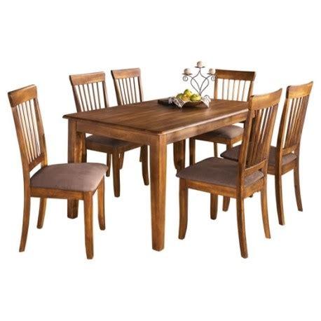 Berringer Dining Table Berringer Rectangular Table Dining Set Eaton Hometowne Furniture Eaton And Greater Dayton Ohio