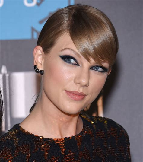 taylor swift or katy perry richer dlisted taylor swift is getting her own mobile game