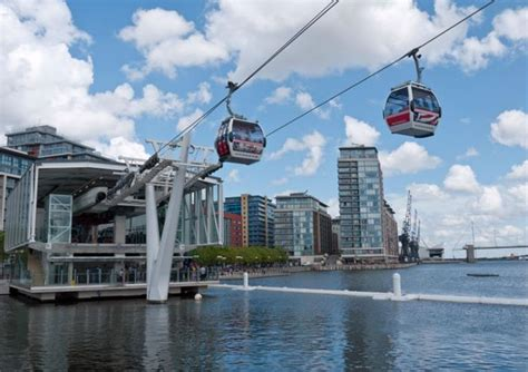 thames clipper vauxhall to greenwich emirates air line and thames clipper
