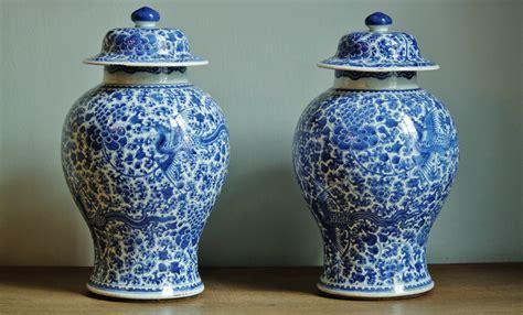 floreros antiguos de porcelana fotos gratis antiguo vaso florero buque cer 225 mico