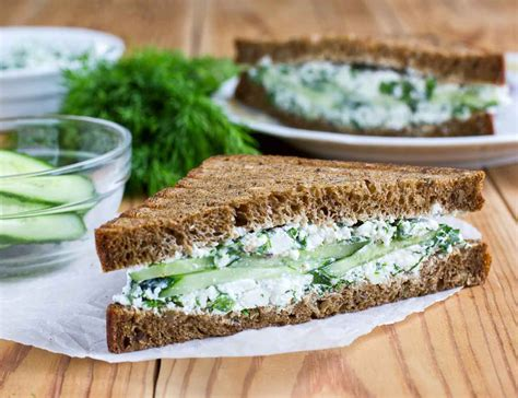 grilled spinach and cottage cheese sandwich recipe by