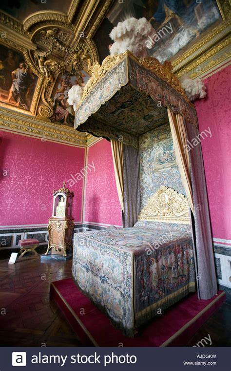 marie antoinette bedroom canopy bed in the bedroom of queen marie antoinette at