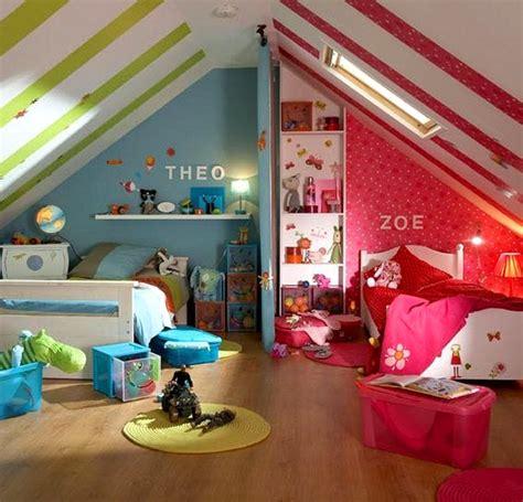 Impressionnant Idee De Chambre Fille #7: une-chambre-pour-deux-enfants-bleue-rose.jpg