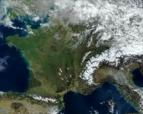 image satellite de du 19 07 2000