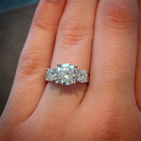 Engagement Stones by 25 Best Images About Wedding Ring On Gold