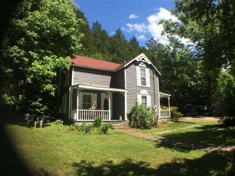 Cabin Rentals In Eureka Springs by Downtown Eureka Springs Vacation Cottage Vrbo