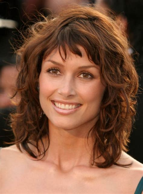 Shoulder Length Hairstyles Curly by Curly Stacked Medium Length Hairstyles Hairstyle 2013