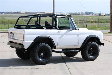 jeep bronco white 556 best ford bronco images on pinterest ford bronco