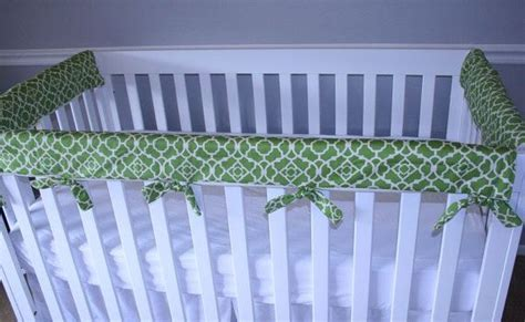 Crib Guard Rail Cover by Best 25 Crib Protector Ideas On Crib Rail Guard Crib Teething Guard And Organizing