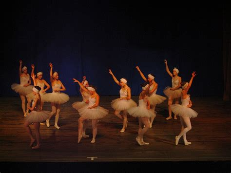 Pn 02 Balet j brammer bajadera 蝴wiat baletu