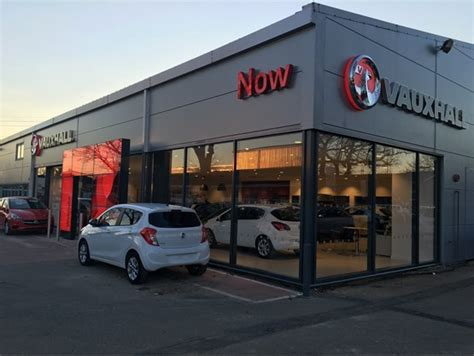 now motor retailing opens refurbished vauxhall centre in