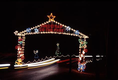 christmas lights in the city of logan november starts the spirit at west virginia s state parks