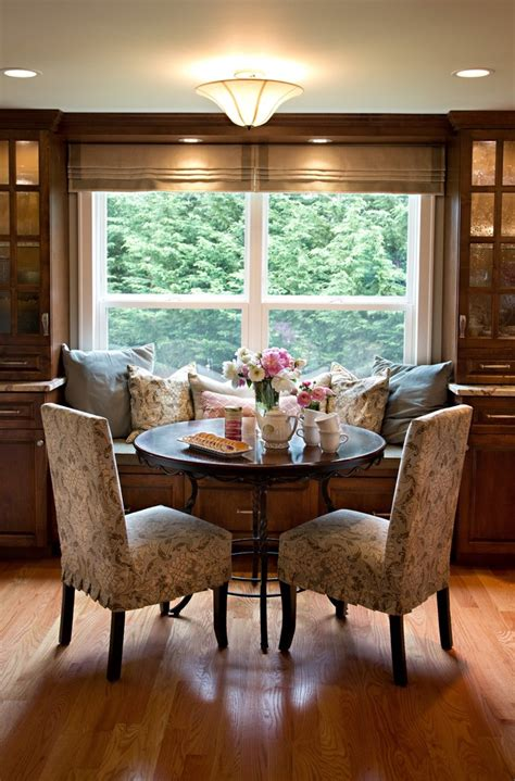 bay window furniture Kitchen Farmhouse with banquette
