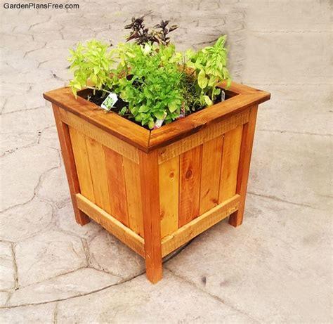 diy cedar planter box  garden plans   build