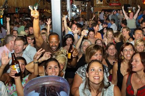 top bars in nashville we take you to the best bars in nashville picture of nashville pub crawler