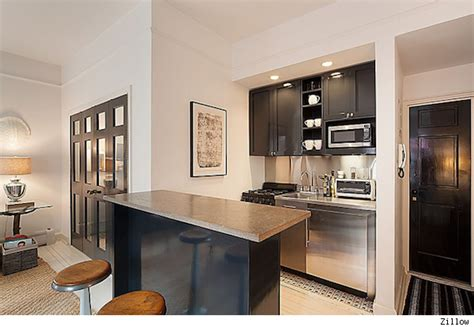 nate berkus kitchen nate berkus puts nyc apartment on the market for 699 000