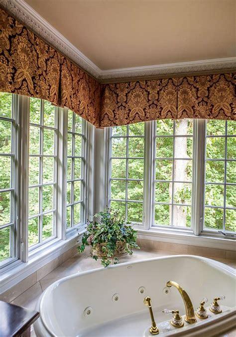 window treatment for corner windows 25 best ideas about corner window treatments on