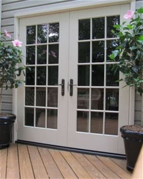 Types Of Patio Doors Http Www Housemaintenanceguide Residentialpatiodooroptions Php Has Some Information On The
