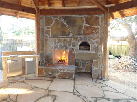 Oven Fireplace by Diy Outdoor Fireplace And Pizza Oven Fireplace Design Ideas