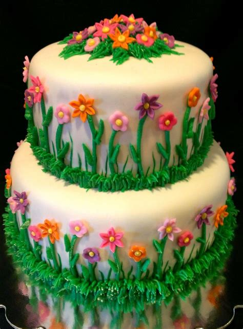 Flower Garden Birthday Cake Birthday Cakes Pinterest Flower Garden Cake Ideas