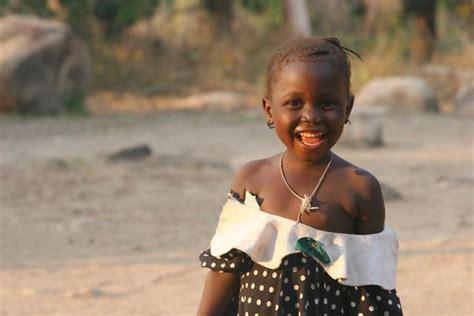 africa en el corazn d 237 a mundial de la ni 241 a jose luis garayoa 193 frica en el coraz 243 n